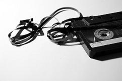Hörspiele online hören, ohne Kassette